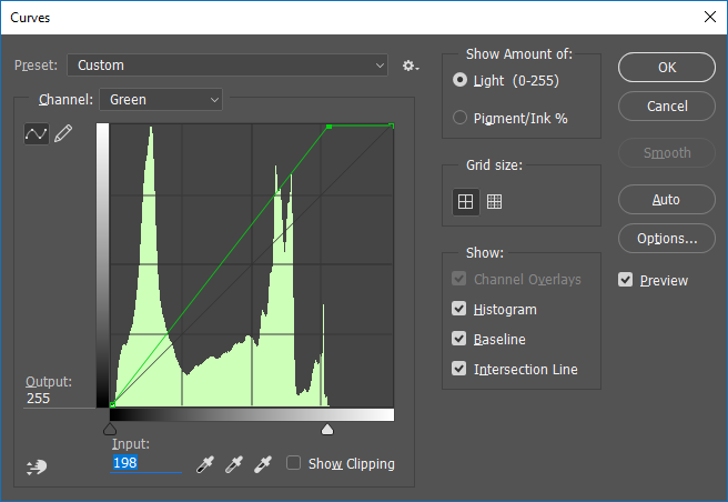 Screencapture of the Adobe® Photoshop® Curves adjustment dialog box, set to adjust the Green channel.