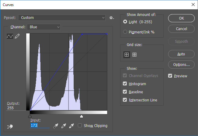 Screencapture of the Adobe® Photoshop® Curves adjustment dialog box, set to adjust the Blue channel.