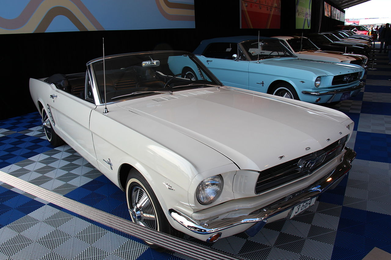 1964 Ford Mustang in Wimbledon White